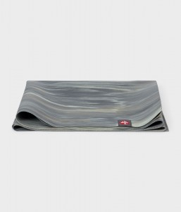 Manduka SuperLite Travel Thunder Marbled 180x61 cm 1,5 mm