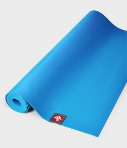 Manduka SuperLite Travel Dresden Blue180x61 cm 1,5 mm