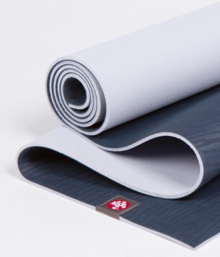 Manduka eKo midnight-1.jpg